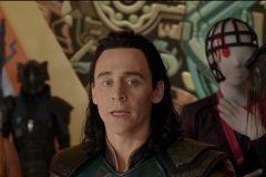 Loki and The Grandmaster watch Thor fight The Hulk